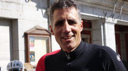 Miguel Induráin, de vuelta por la Sierra de Guadarrama invitado por Golpe de Pedal