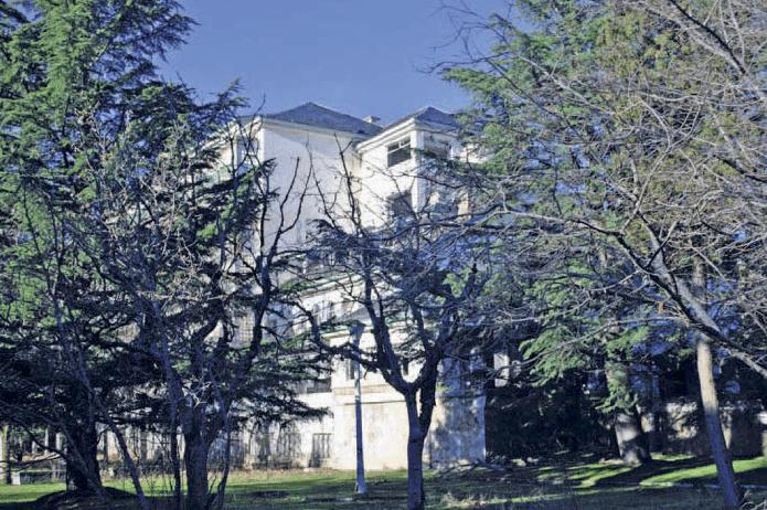 Vista del edificio principal del Sanatorio de Marina.