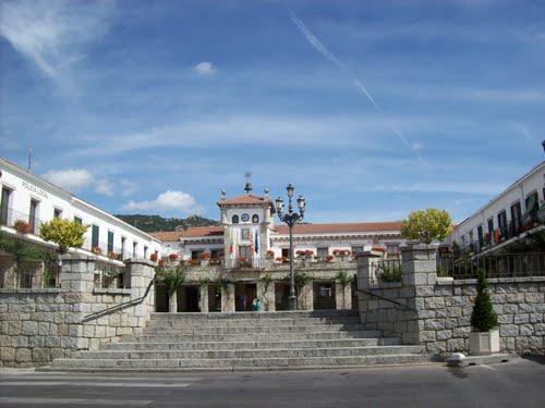 ayuntamiento-hoyo-de-manzanares-41355518
