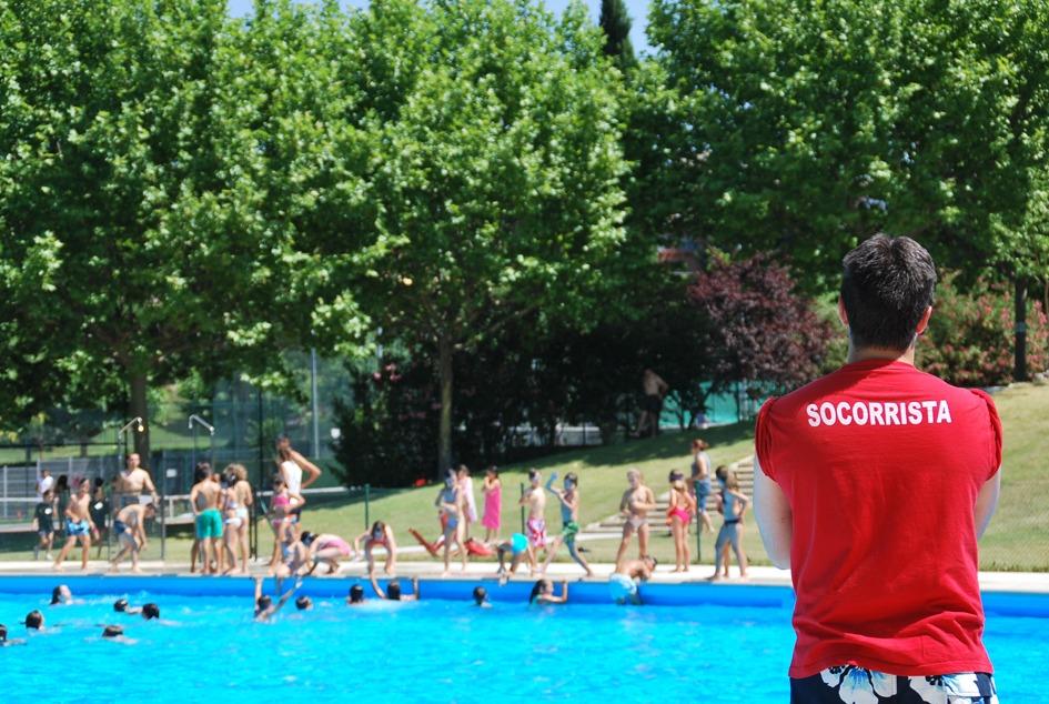 Alpedrete ofrece un curso de socorrista en piscinas e for Piscinas en la sierra de madrid