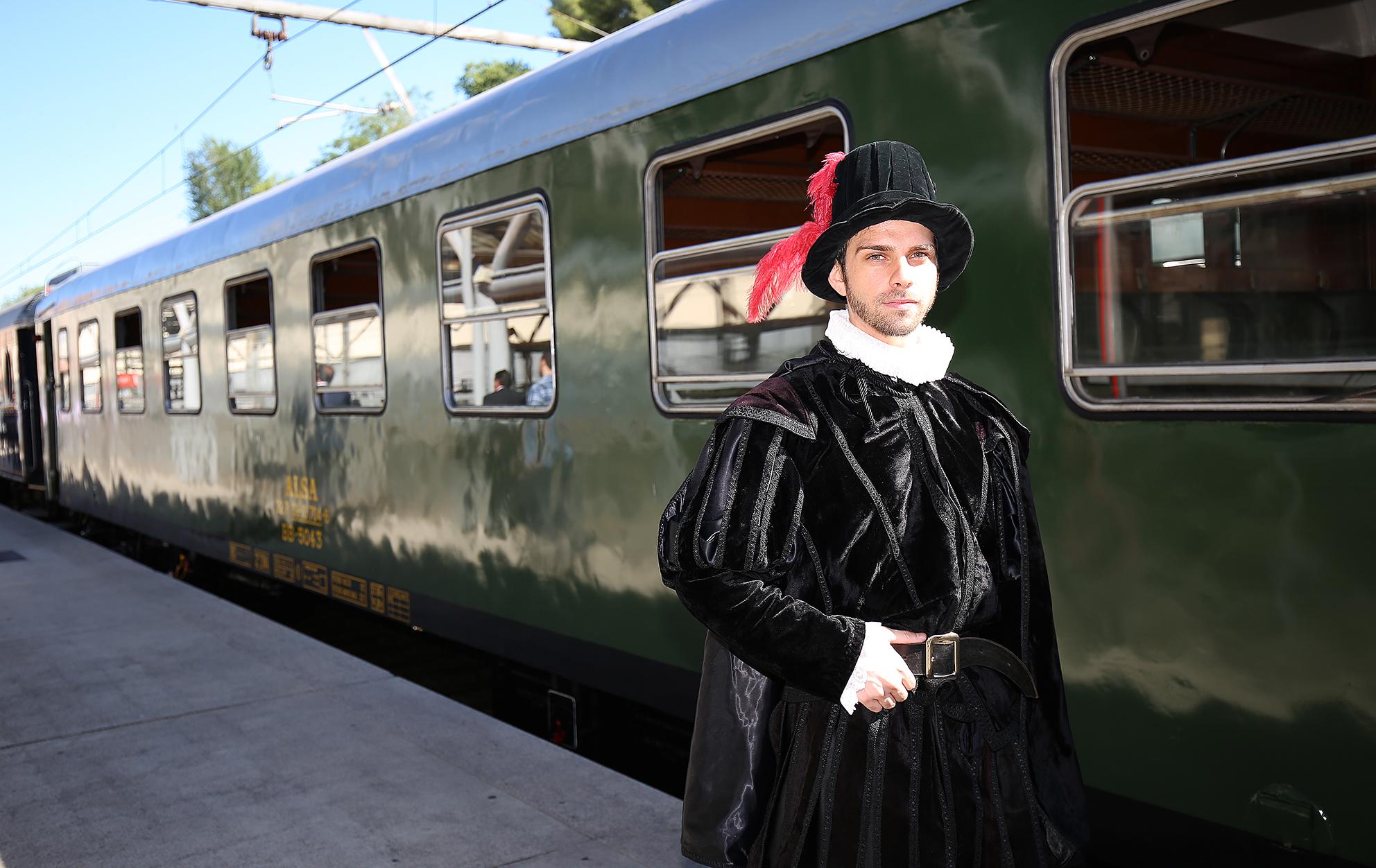 tren felipe II 1