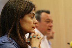 Beatriz Martín, en primer plano, y Juanjo Morales, al fondo