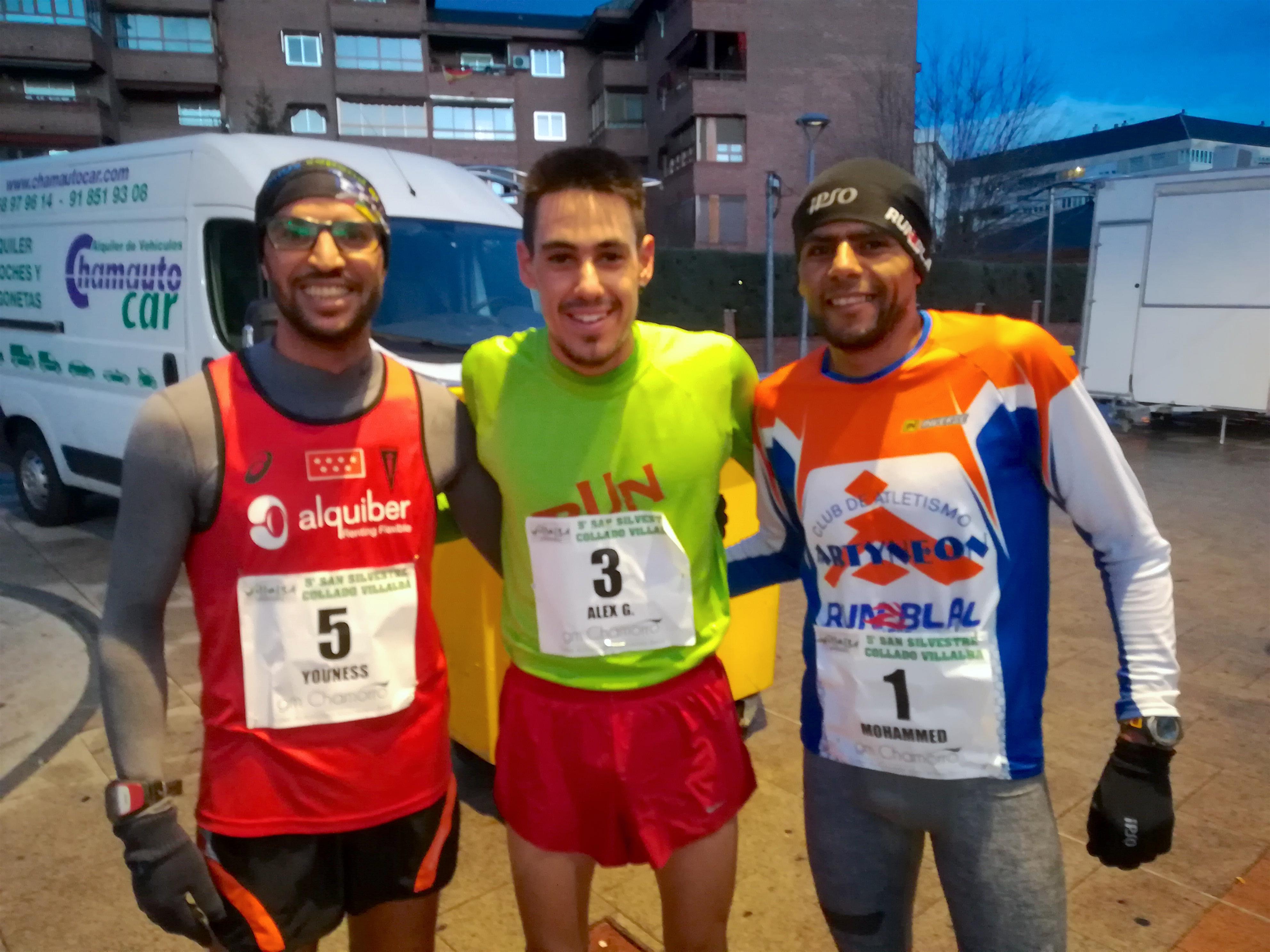 Youness Ait-Hadi, Alejandro González y Mohammed Blal, al finalizar la San Silvestre de Collado Villalba