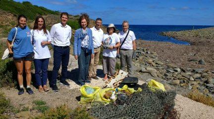 """La Reina Sofía se sumará el sábado a la limpieza de """"basuraleza"""" en el embalse de Valmayor, dentro del Proyecto Libera"""
