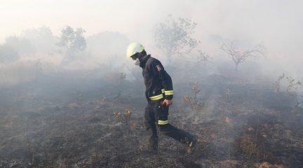 La Comunidad de Madrid da por controlado el incendio que ha arrasado 2.500 hectáreas en la Sierra Oeste