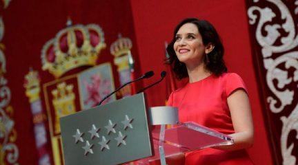 """Isabel Díaz Ayuso toma posesión como presidenta de la Comunidad de Madrid reiterando su proyecto de """"bajada de impuestos y eficacia en los servicios públicos"""""""