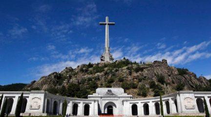 El Tribunal Constitucional rechaza paralizar la exhumación de Franco