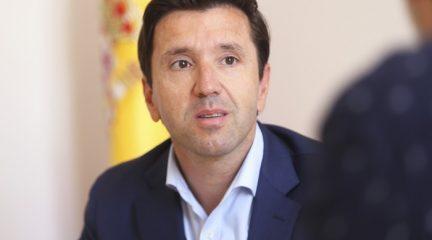 """Santiago Villena, alcalde de Valdemorillo: """"Soy consciente de las dificultades, pero el pacto de gobierno se está desarrollando bien"""""""