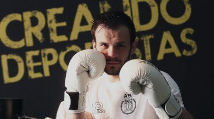 El boxeador villalbino Pablo Domínguez, campeón de la Liga Nacional