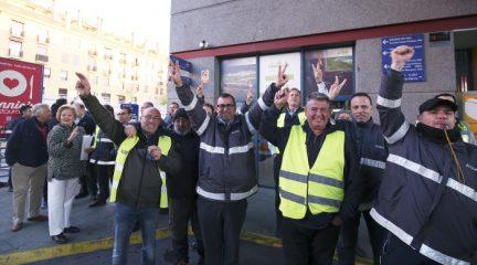 Seguimiento total en la primera jornada de huelga de Irubús-ALSA en San Lorenzo de El Escorial