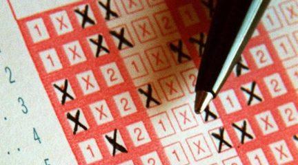 Un boleto de la Quiniela con pleno al 15 sellado en El Escorial, premiado con más de 1 millón de euros