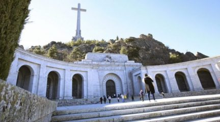 Las visitas al Valle de los Caídos bajan un 55% tras la exhumación de Franco