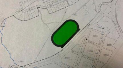 El Escorial también aprueba en pleno la construcción de una pista de atletismo compartida con San Lorenzo