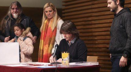 La alcaldesa de Collado Villalba anuncia la creación de más huertos urbanos durante el sorteo para la adjudicación de 66 parcelas