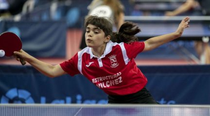Ángela Rodríguez y Ángel Ayuso logran dos medallas de bronce para el Collado Mediano en el Campeonato de España de Tenis de Mesa de Granada