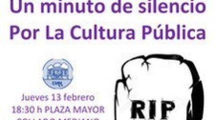 """Profesores, padres y alumnos de la Escuela Municipal de Música de Collado Mediano se concentran """"contra la privatización de este servicio"""""""