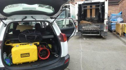 Valdemorillo esteriliza con ozono los vehículos del servicio de recogida de residuos