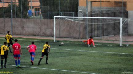 El Galapagar enlaza su tercera victoria seguida ante el Torrejón B (3-1) con otro gol de Sergio Mas