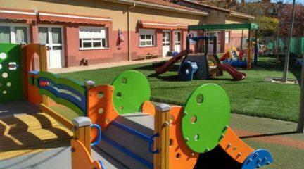 Moralzarzal pide a la Comunidad de Madrid que reconsidere la suspensión de las subvenciones a las escuelas infantiles municipales