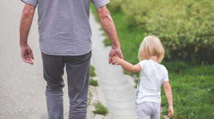 Navacerrada mantiene las limitaciones horarias al paseo de los niños pese a tener menos de 5.000 habitantes