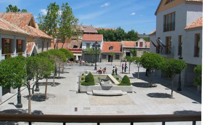 plaza constitucion torrelodones