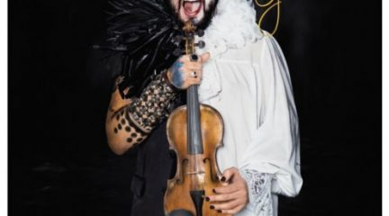"""Strad, el violinista rebelde presenta este sábado en Alpedrete sus """"Mundos Opuestos"""""""