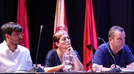El alcalde de Alpedrete aparta a la ex edil de Hacienda por el fraccionamiento del contrato de compra de las luces de Navidad