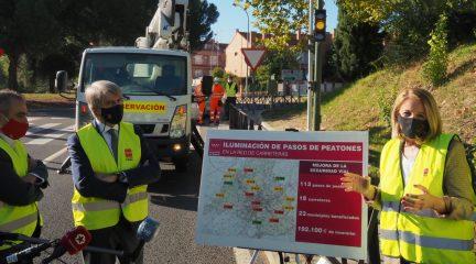 La Comunidad de Madrid mejora la iluminación de pasos de cebra de varios municipios de la Sierra