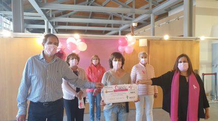 Robledo se viste de rosa para celebrar el Día Internacional contra el Cáncer de Mama