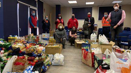 El Ayuntamiento de Collado Villalba entrega a Cáritas y Cruz Roja los más de 2.000 alimentos recogidos en Protección Civil y los conciertos solidarios de Navidad