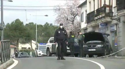 Dos guardias civiles heridos en una espectacular persecución por las calles de Colmenarejo