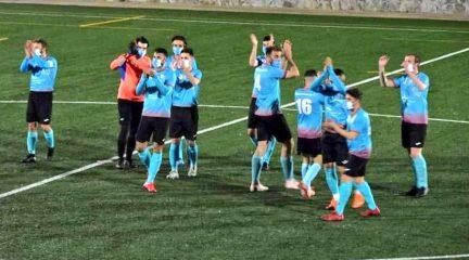 La Gimnástica de Colmenarejo toma el liderato de Segunda y la ADC Castilla da la sorpresa al ganar al Robledo (2-1)