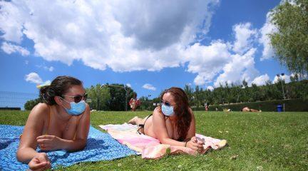 Las mascarillas dejarán de ser obligatorias en exteriores a partir del sábado 26 de junio