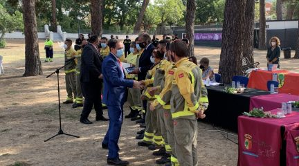 Robledo de Chavela entrega sus distinciones de 2020 y 2021 en un emotivo acto en el Parque del Cerrillo