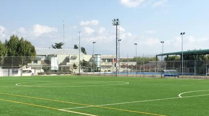 Se reabre el acceso principal al polideportivo de El Escorial y aumenta el aforo hasta el 75% en el interior