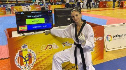 La moralzarzaleña Laura Rodríguez, campeona de España de taekwondo en junior -55kg