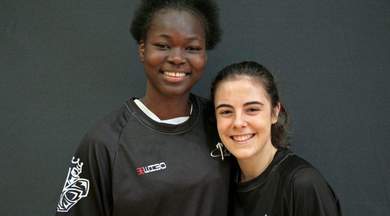 Aminata y Claudia