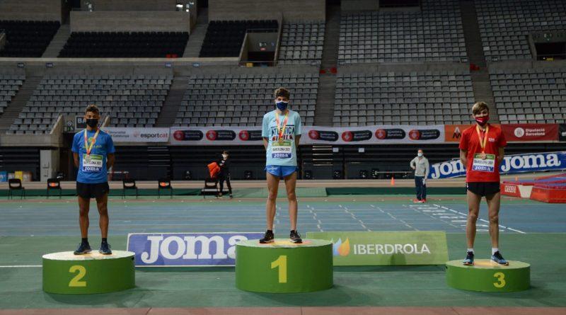 podio Ronaldo Olivo en Barcelona 1500 sub18